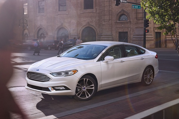 Ford Fusion Energi – One of the Best Looking Hybrid Cars