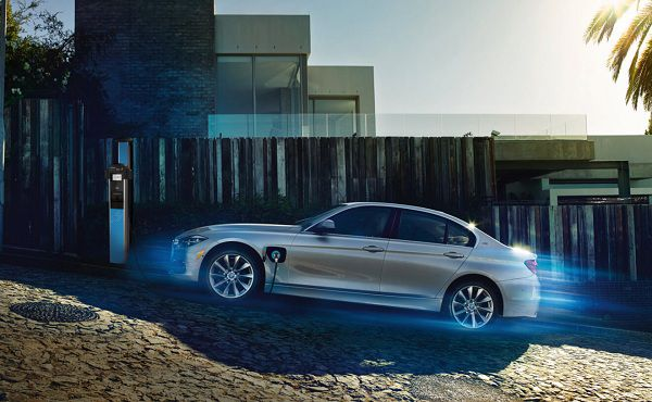 Best Luxury Hybrid Cars A Review Of Bmw 330i Hybrid Cars