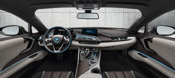 Interior of 2018 BMW i8