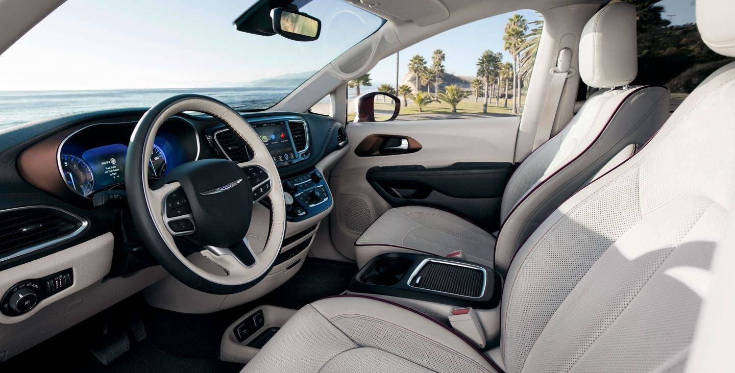 Interior Design of the 2019 Chrysler Pacifica Hybrid S Appearance