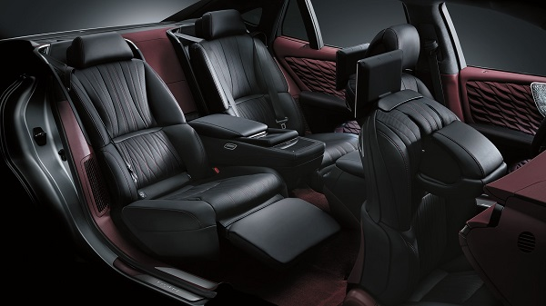 Interior of the 2020 Lexus LS500h