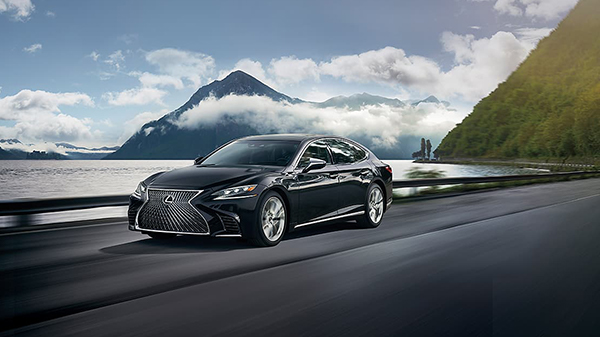 Performance of the 2020 Lexus LS500h